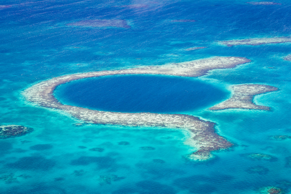 What to Expect When Diving the Great Blue Hole of Belize (and other useful tips!)